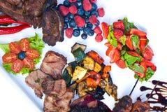 πιάτο που ψήνεται στη σχάρα Στοκ φωτογραφία με δικαίωμα ελεύθερης χρήσης