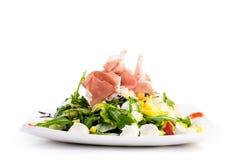 Πιάτο της σαλάτας που απομονώνεται στο λευκό Στοκ φωτογραφίες με δικαίωμα ελεύθερης χρήσης