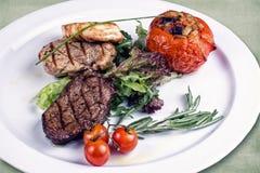 Πιάτο του εστιατορίου στοκ φωτογραφία με δικαίωμα ελεύθερης χρήσης