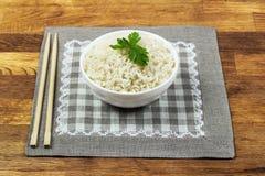 Πιάτο του ρυζιού που εξυπηρετείται στοκ φωτογραφίες