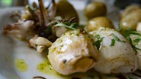 Πιάτο των σουπιών και των πατατών ψαριών στοκ φωτογραφία με δικαίωμα ελεύθερης χρήσης