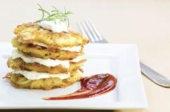 Πιάτο των τηγανισμένων χορτοφάγων τηγανιτών πατατών Στοκ εικόνα με δικαίωμα ελεύθερης χρήσης