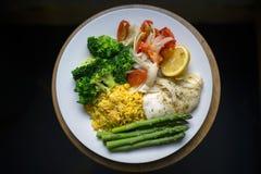 Πιάτο των υγιών τροφίμων Στοκ Εικόνες