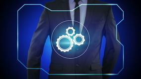 Πιέζοντας κουμπί μηχανισμών επιχειρηματιών στις εικονικές οθόνες απόθεμα βίντεο