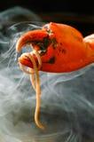 Πιατέλα θαλασσινών ποδιών καβουριών στο υπόβαθρο Στοκ εικόνα με δικαίωμα ελεύθερης χρήσης