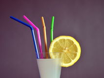 Πιείτε μια λεμονάδα Στοκ φωτογραφίες με δικαίωμα ελεύθερης χρήσης