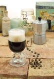 Πιείτε τον καφέ με τη σόδα Στοκ Φωτογραφία