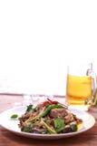 Πικάντικα ανακατώνω-τηγανητά γατόψαρων Στοκ Εικόνες