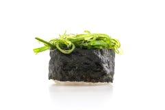 πικάντικα σούσια σαλάτας φυκιών Στοκ Φωτογραφία