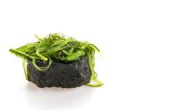 πικάντικα σούσια σαλάτας φυκιών Στοκ Φωτογραφίες