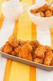 Πικάντικα ψήγματα κοτόπουλου Στοκ Φωτογραφίες