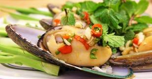 Πικάντικη σαλάτα μυδιών στοκ εικόνες