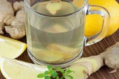Πικάντικο τσάι πιπεροριζών Στοκ Εικόνες