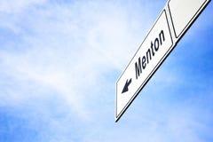 Πινακίδα που δείχνει προς Menton Στοκ Εικόνες