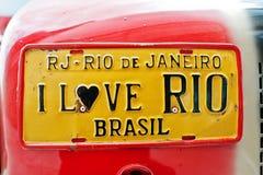 Πινακίδες αριθμού κυκλοφορίας αυτοκινήτων με το σημάδι Ι αγάπη ΡΙΟ Βραζιλία Στοκ φωτογραφία με δικαίωμα ελεύθερης χρήσης