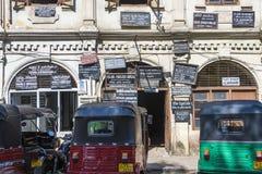 Πινακίδες των πληρεξούσιων και των συμβολαιογράφων σε Kandy, Σρι Λάνκα Στοκ φωτογραφία με δικαίωμα ελεύθερης χρήσης
