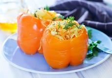 Πιπέρι που γεμίζεται με το λάχανο Στοκ Εικόνες