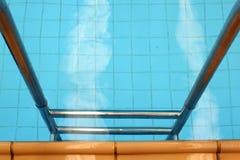 Πισίνα σκαλοπατιών στοκ φωτογραφίες με δικαίωμα ελεύθερης χρήσης