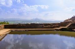 Πισίνα στην κορυφή Sigiriya Στοκ φωτογραφία με δικαίωμα ελεύθερης χρήσης