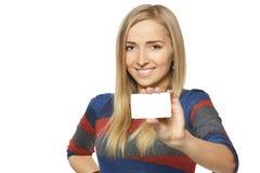 πιστωτική θηλυκή εμφάνιση καρτών Στοκ εικόνες με δικαίωμα ελεύθερης χρήσης