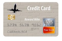 Πιστωτική κάρτα που ανταμείβει τους χρήστες με τα μίλια και τα σημεία αερογραμμών στοκ εικόνα με δικαίωμα ελεύθερης χρήσης
