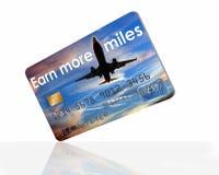 Πιστωτική κάρτα που ανταμείβει τους χρήστες με τα μίλια και τα σημεία αερογραμμών στοκ εικόνα
