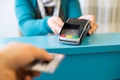 πιστωτική πληρωμή καρτών Στοκ φωτογραφίες με δικαίωμα ελεύθερης χρήσης