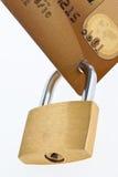 πιστωτικό κλείδωμα καρτών Στοκ φωτογραφία με δικαίωμα ελεύθερης χρήσης