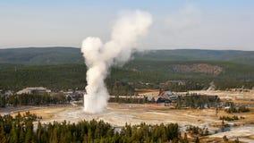 πιστός παλαιός Το μεγαλύτερο geyser στο Yellowstone Στοκ Φωτογραφία