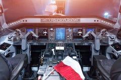 Πιλοτήριο αεροπλάνων θλεμψραερ-175 Πιλοτήριο αεροσκαφών Στοκ Εικόνες