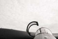 Πιλοτήριο του στρατιωτικού πολεμικού αεροσκάφους Στοκ φωτογραφία με δικαίωμα ελεύθερης χρήσης