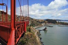 Πλάγια όψη της χρυσής γέφυρας πυλών στο Σαν Φρανσίσκο, ΗΠΑ Στοκ Φωτογραφίες