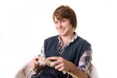 πλέκοντας άτομο τεχνών τέχν&et Στοκ Εικόνα