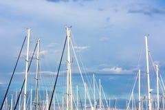 Πλέοντας βάρκες που δένονται Στοκ Εικόνες