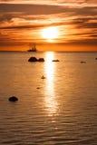 πλέοντας σκιαγραφία σκαφών ψηλή Στοκ φωτογραφία με δικαίωμα ελεύθερης χρήσης