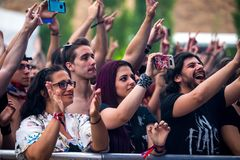 Πλήθος σε μια συναυλία Download στο φεστιβάλ μουσικής βαρύ μετάλλου Στοκ Φωτογραφίες