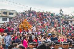 Πλήθος των ανθρώπων στο φεστιβάλ της Indra Jatra στο Κατμαντού Durbar Squa στοκ εικόνες