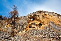 πλήρες βουνό τρυπών στοκ εικόνες με δικαίωμα ελεύθερης χρήσης