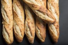 Πλήρες πλαίσιο που αυξάνεται Baguettes κοντά στοκ εικόνες με δικαίωμα ελεύθερης χρήσης