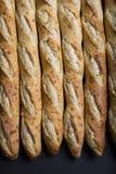 Πλήρες πλαίσιο που αυξάνεται Baguettes κοντά στοκ φωτογραφίες