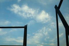Πλήρης μπλε ουρανός ομορφιάς στοκ φωτογραφία με δικαίωμα ελεύθερης χρήσης
