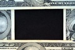 πλαίσιο εκατό ένα δολαρίων νομίσματος λογαριασμών εμείς Στοκ εικόνα με δικαίωμα ελεύθερης χρήσης
