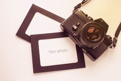 Πλαίσιο φωτογραφιών με τη κάμερα Στοκ εικόνες με δικαίωμα ελεύθερης χρήσης