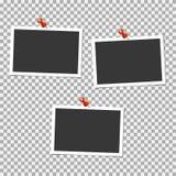 Πλαίσιο φωτογραφιών Polaroid με την καρφίτσα στο γκρίζο υπόβαθρο Διανυσματικό πρότυπο, κενό Ελεύθερη απεικόνιση δικαιώματος