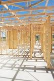 πλαισιώνοντας σπίτι κατασκευής νέο Στοκ Φωτογραφία