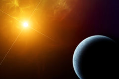 Πλανήτης Γη με τον ήλιο αύξησης Στοκ Εικόνες