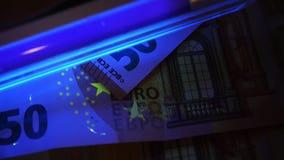 Πλαστή ανίχνευση χρημάτων Ευρο- τραπεζογραμμάτια Cheking με το UV φως φιλμ μικρού μήκους