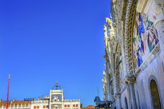 Πλατεία Βενετία Ιταλία μωσαϊκών βασιλικών Αγίου Mark ` s αλόγων Στοκ εικόνα με δικαίωμα ελεύθερης χρήσης