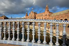 Πλατεία της Ισπανίας, Σεβίλη, με την καταπληκτική αρχιτεκτονική του στοκ φωτογραφία με δικαίωμα ελεύθερης χρήσης