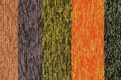 Πλεγμένο πολύχρωμο ριγωτό ύφασμα Στοκ Φωτογραφία